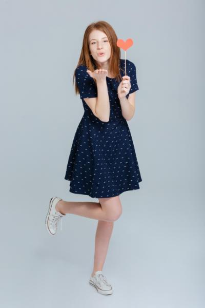 Модни тенденции при дамските рокли